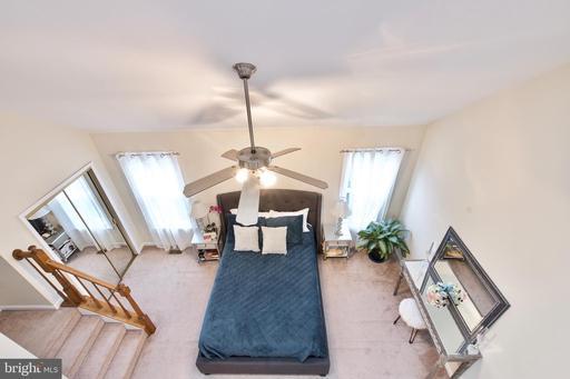 13976 Lightburn Ln Centreville VA 20121
