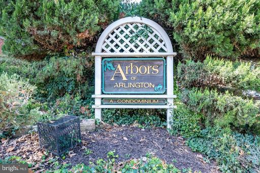 26 S Old Glebe Rd #3-B, Arlington, VA 22204