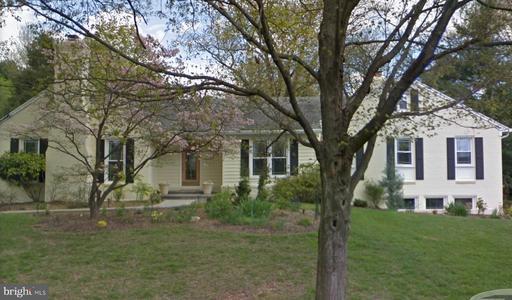 11125 Stephalee Ln, Rockville, MD 20852