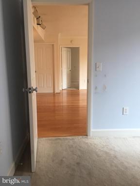 1201 N Garfield St #512, Arlington, VA 22201