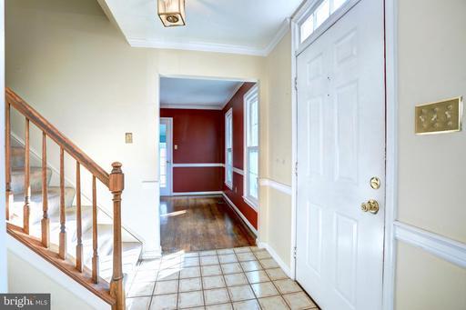 4404 Ridgewood Ct Dumfries VA 22025