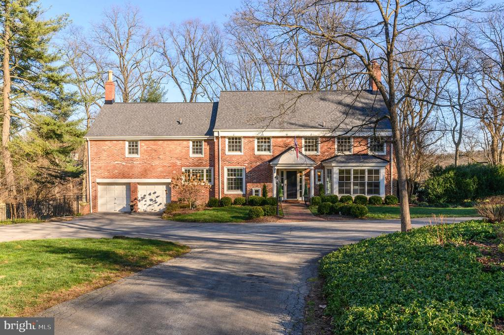 This classic 5 bed/5.5 bath Colonial on a private 1-acre Villanova cul-de-sac has been thoughtfully renovated and is not to be missed! The location alone is prime, but with its multiple expansive living spaces, open concept areas, and light and bright rooms, many will enjoy all that it has to offer.  Upon entering the foyer of this Walter Durham built home the sightlines abound with multiple rooms and views of the serene property.  The gourmet kitchen features stainless steel Thermador appliances, a large island with room for seating, an additional sitting area, open to the dining room, and views of the yard.  The adjoining dining room has space for a large table and an oversized bay window makes it open to the outside all day.  The first floor has hardwood throughout connecting all the rooms together and making the flow seamless.  The expansive living room includes a wood-burning fireplace, floor-to-ceiling windows, a door to the patio, and recessed lighting.  It's a great space to be morning and night.  The Den/Study also allows for family space, but could also function as a quiet homeschool/workspace for one or many.  A large hall closet and powder room complete this floor.   The second floor has 5 large bedrooms and 4 full baths.  The Main Bedroom features hardwood floors and an en suite double sink bath w/roomy shower, a large walk-in Closet, and an additional closet.  Bedrooms #2 and #3 are also spacious and share a large tub/shower bath.  Bedrooms #4 and #5 each have ample space, including closets,  and have their own full bath with tile shower.  The second-floor laundry with linen closet/storage makes this floor exceptionally functional.   The lower level is not to be missed nor minimized.  It includes a family room, a full-sized bar, a gym, a full bath, a workshop, storage space, a mechanical room, and french doors to the back yard.  It's a unique space that can be used in many ways.  The basement has a french drain and the floor is radiant.  Plumbing and electrical have all been upgraded and there is a generator that powers up most of the home.  Attic space is ample and includes a cedar closet.  There is also an attached 2-car garage and sufficient driveway parking.  Located in the award-winning Lower Merion School District and very convenient to Rt 76 and Rt 476 make this private location ideal for many.       The owner is a PA licensed Agent and has a financial interest.