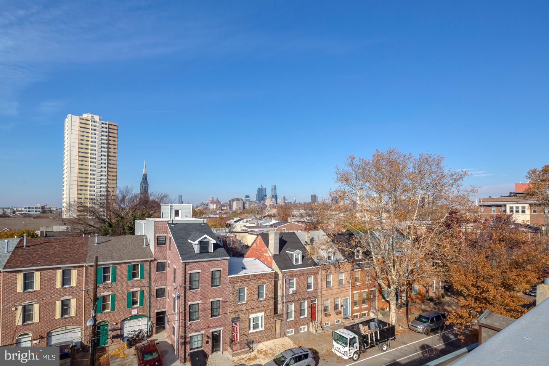1020 S 2nd Street UNIT #1 Philadelphia , PA 19147
