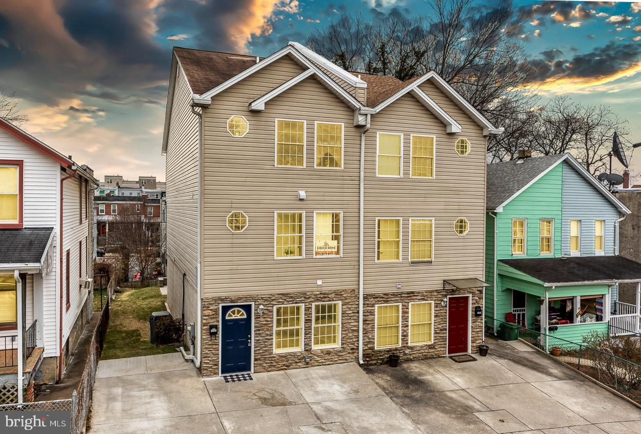 1225 Dellwood Avenue   - Baltimore, Maryland 21211