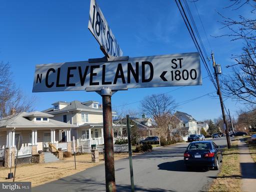 1806 N Cleveland St Arlington VA 22201