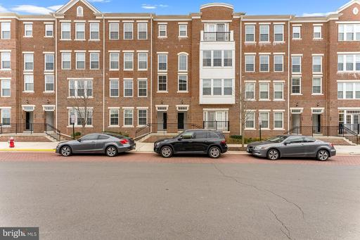 3061 Rittenhouse Cir #65