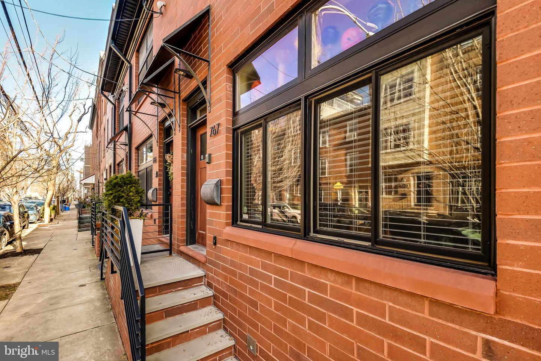 767 S 19th Street Philadelphia, PA 19146