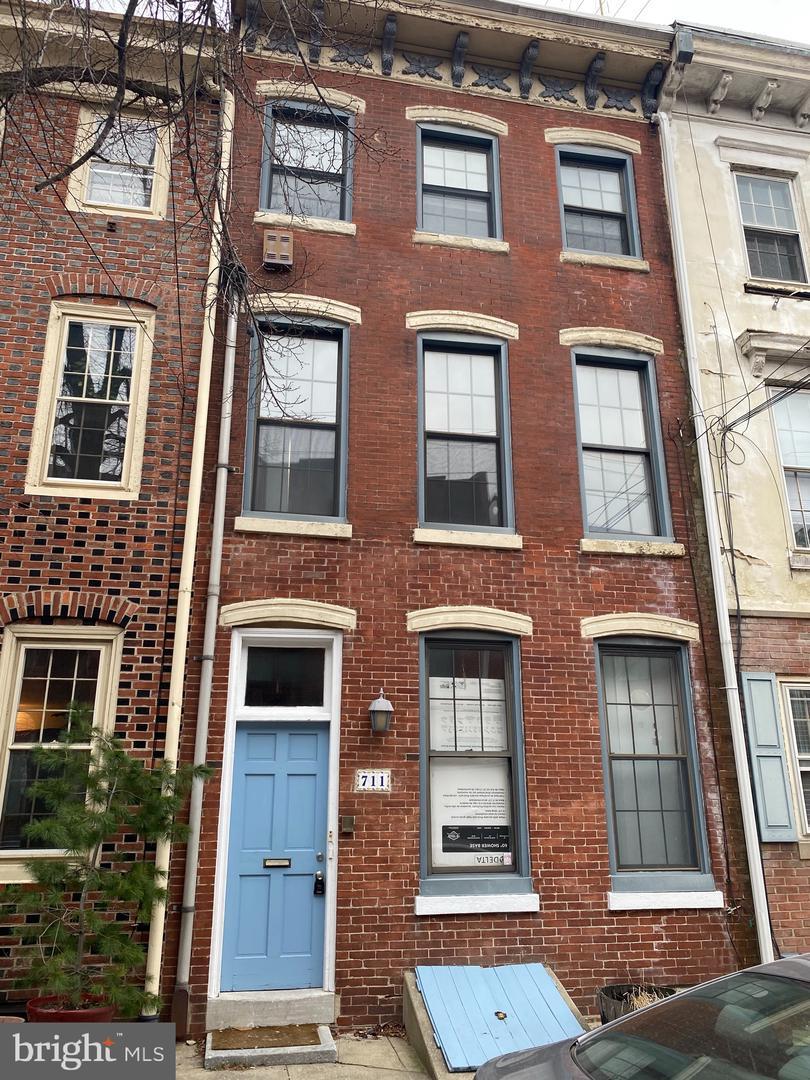 711 S 2nd Street Philadelphia, PA 19147