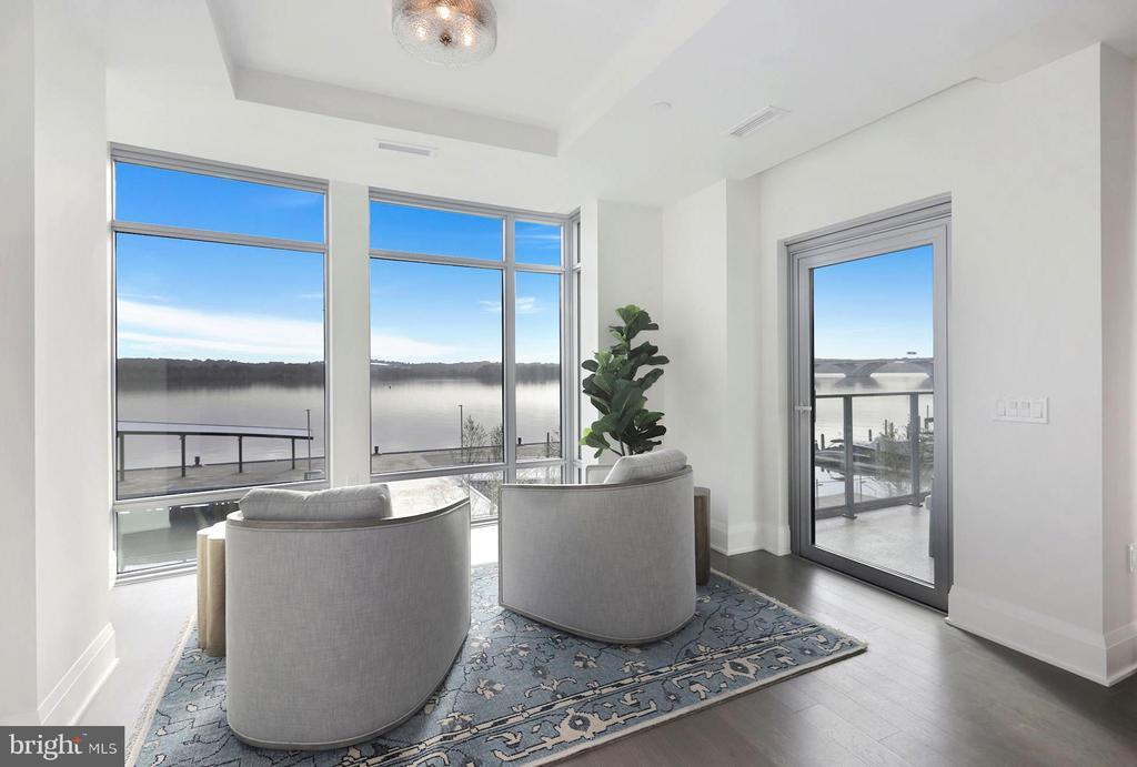 Photo of 310 Strand Street #Residence 2.305