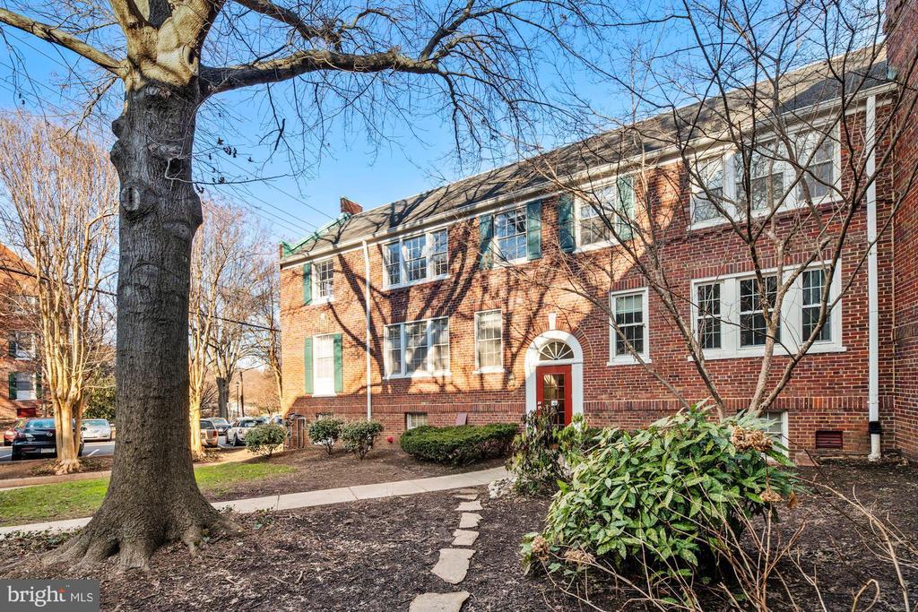 1800 Key Blvd #9496 - 100, Arlington, VA 22201