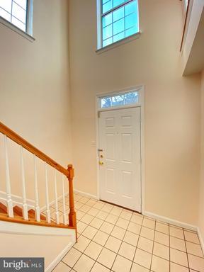 14210 Beddingfield Way Centreville VA 20121