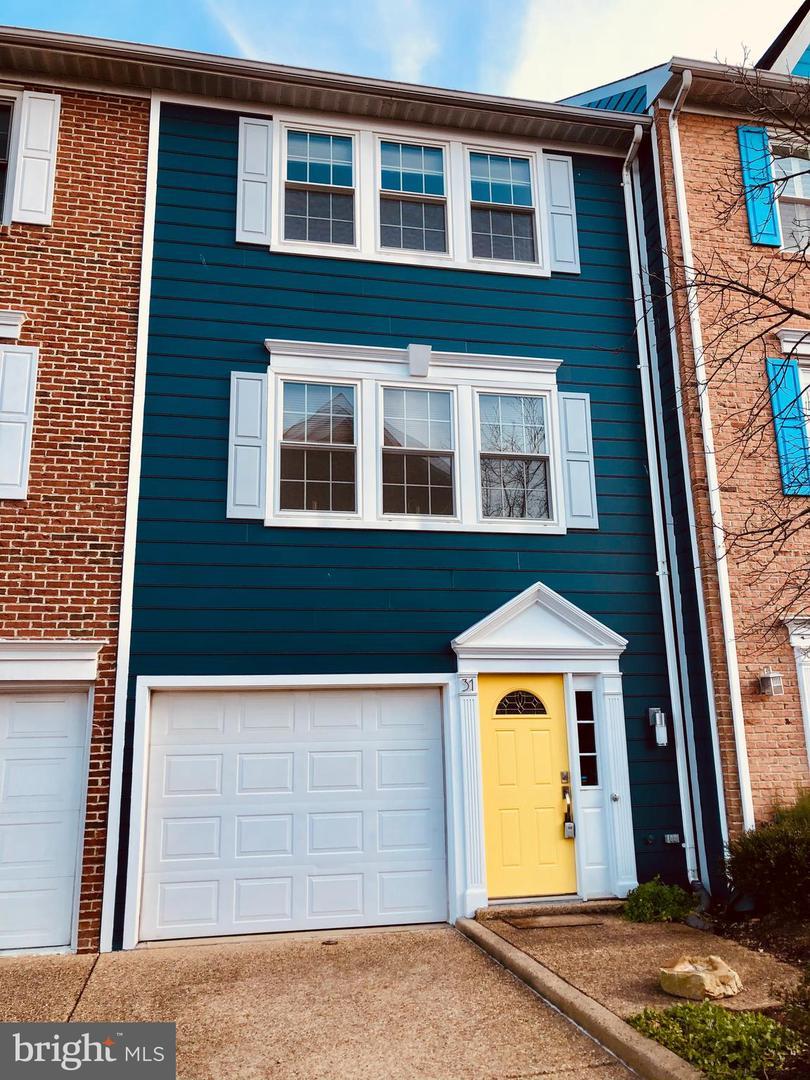 31 Herbert Street   - Alexandria City, Virginia 22305