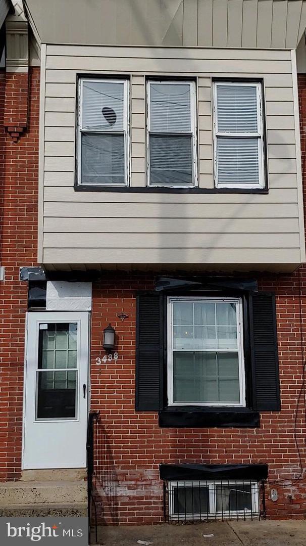3438 Salmon Street Philadelphia, PA 19134