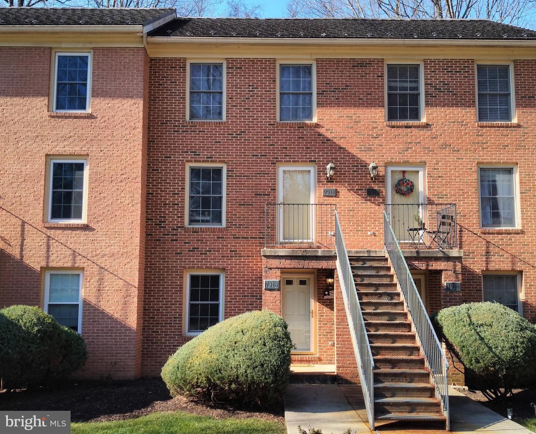 7916 Stable Way   - Potomac, Maryland 20854