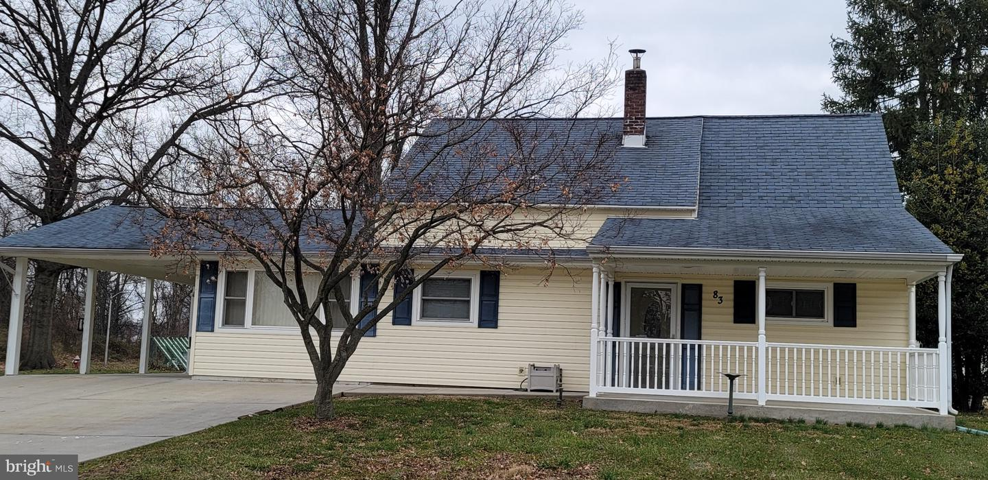 83 Everturn Lane Levittown, PA 19054