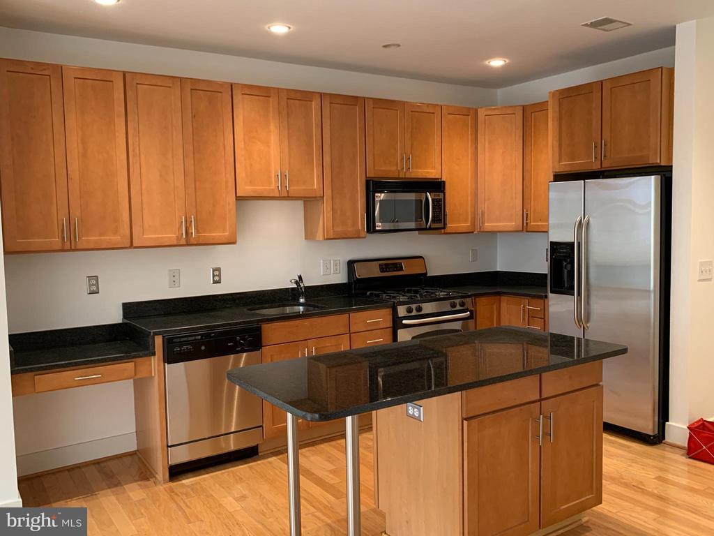 1800 Wilson Blvd #237, Arlington, VA 22201