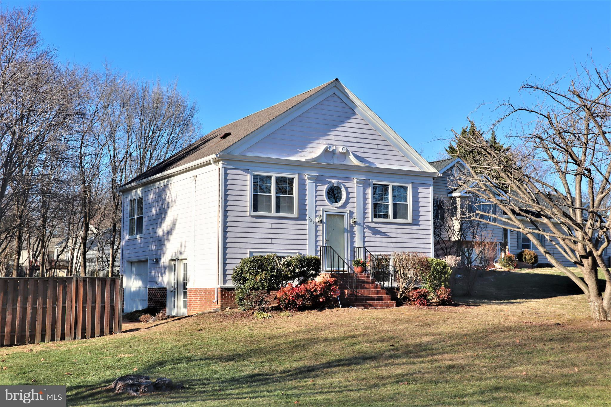 589 Thoroughbred Dr, Charles Town, WV, 25414