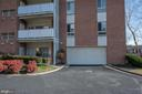 5250 Valley Forge Dr #108
