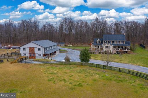 Property for sale at 425 Gosseberry Ln, Honey Brook,  Pennsylvania 1