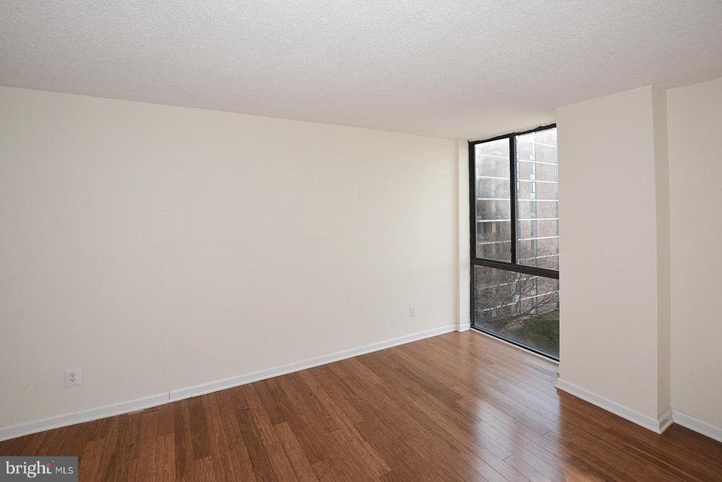 Photo of 2311 Pimmit Dr #602