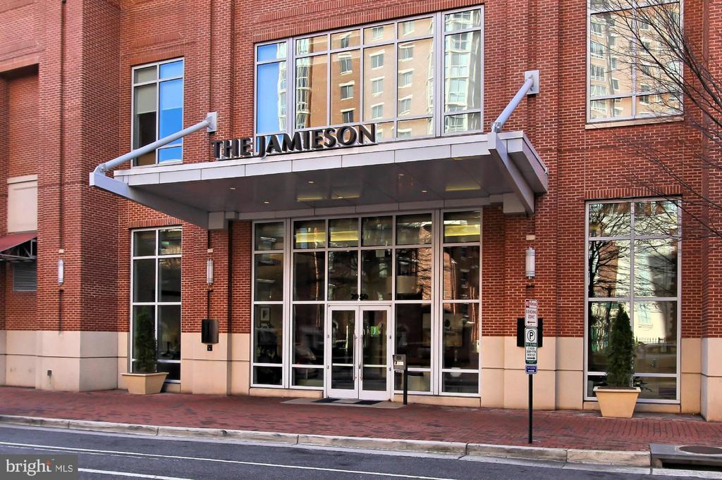 2050 Jamieson Ave #1208