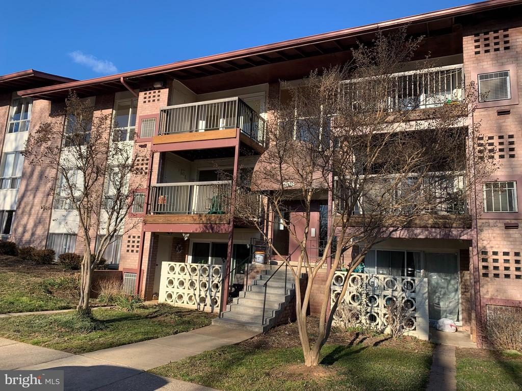 206 Park Terrace Ct SE #38