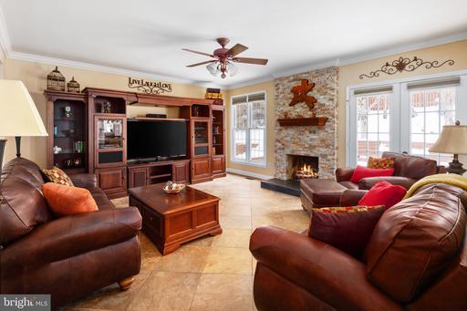 6600 Harness Hill Ct Centreville VA 20121