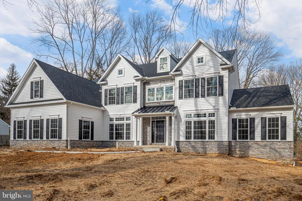 New construction ready for immediate delivery. Gourmet Kitchen with Viking  Appliances.  White Cabinetry with quartz countertops. Hardwood floors,  wainscoting, &  crown moldings.  Work from home in the first-floor office. Relax in the conservatory which features a vaulted ceiling. 5 Bedrooms, 4.1 Baths   Master Bedroom with sitting room and custom master bath with free standing tub.  Other features include 3 car garage, tankless water heater. and so much more.  Popular award-winning school district. A MUST SEE OPPORTUNITY not to be missed.  Better hurry.  Contact Listing Agent for additional details pertaining to this property.