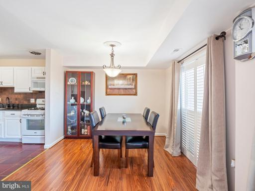 5250 Valley Forge Dr #207, Alexandria 22304