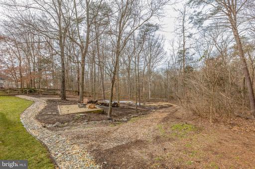6706 Jade Post Ln Centreville VA 20121