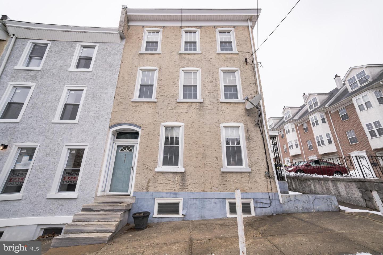 229 Ripka Street Philadelphia , PA 19127