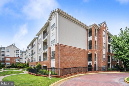 4850 Eisenhower Ave #304, Alexandria 22304