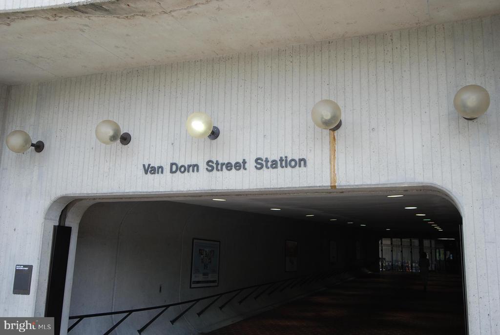 Photo of 6300 Stevenson Ave #802