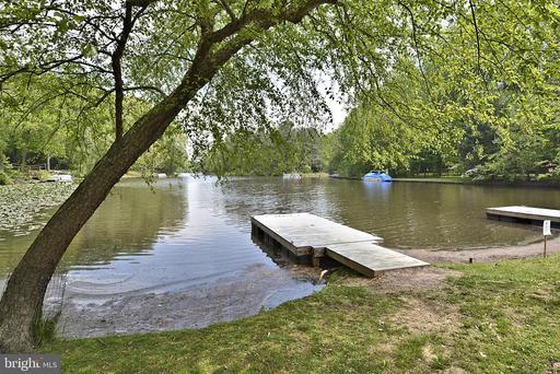 6356 Waterway Dr Falls Church VA 22044