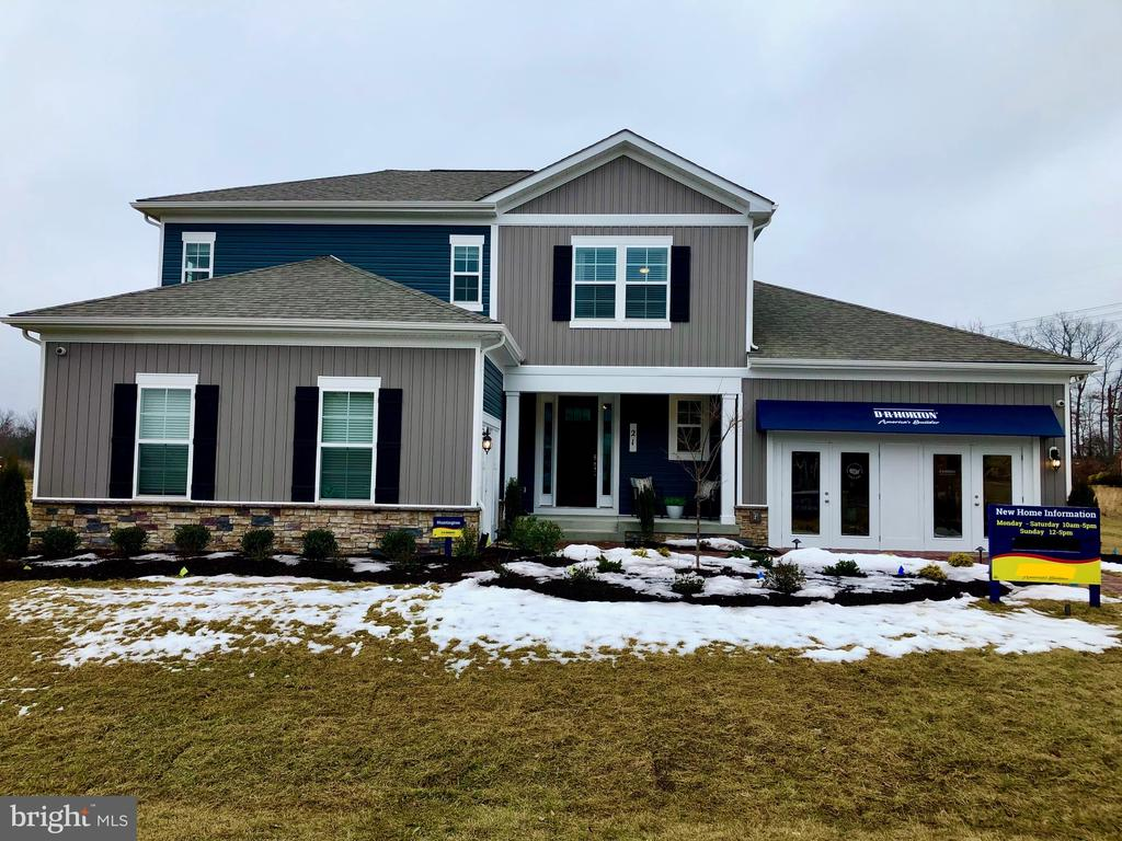 Photo of 104 Sand Bunker Ct