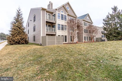 12005 Ridge Knoll Dr #411a, Fairfax 22033