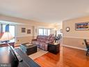 5250 Valley Forge Dr #806