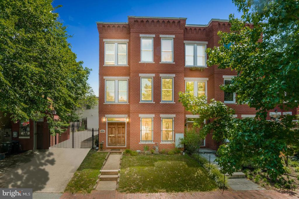A rare opportunity to own the property of your dreams in the heart Capitol Hill has arrived! Built in 2003, this 3,384 square foot, 5 bed 3.5 bath, home offers tremendous space and opportunity on three levels with 9 foot ceiling heights throughout. What makes this property so unique is having a double lot with OVER 2,000+ square feet of side and backyard, creating opportunity for an additon/renovation to construct a significantly larger single family home oasis or for developers and/or investors opportunity for potential subdivision, condo conversion, and/or 1031 exchange. Located in the heart of Capitol Hill, walking distance to Eastern Market, Barracks Row, Metro, and four grocery stores. A MUST SEE PROPERTY! (*Square footage development potential estimates based upon RF-1 Zoning)