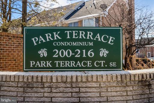 200 Park Terrace Ct SE #9