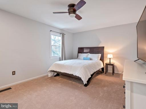 10261 Braddock Rd Fairfax VA 22032