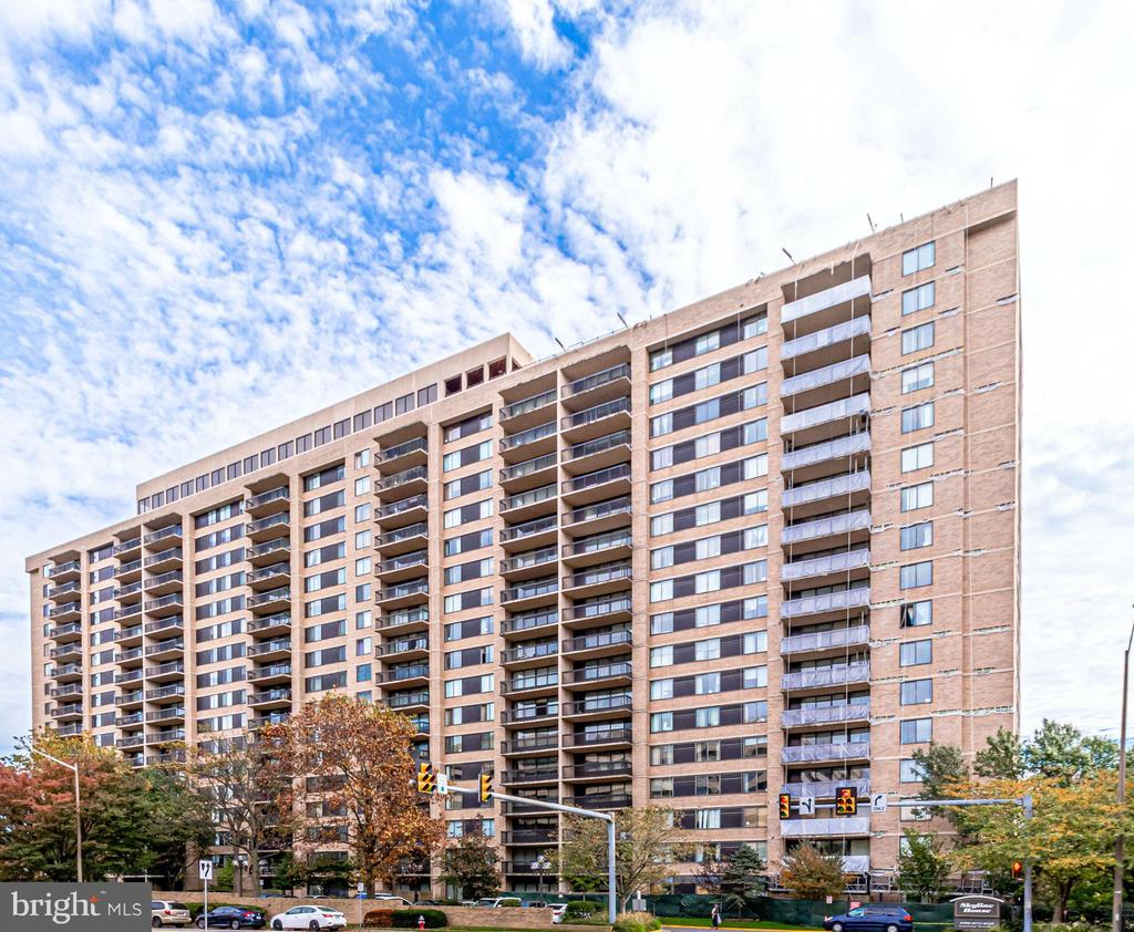 3713 S George Mason Dr #1406 W, Falls Church, VA 22041
