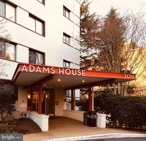 2016 N Adams St #402