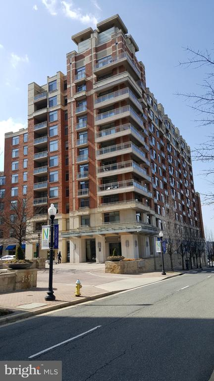 Photo of 3600 S Glebe Rd #326w