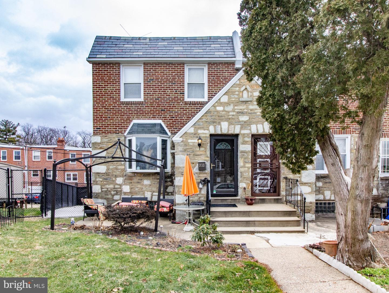 239 E Fariston Drive Philadelphia, PA 19120