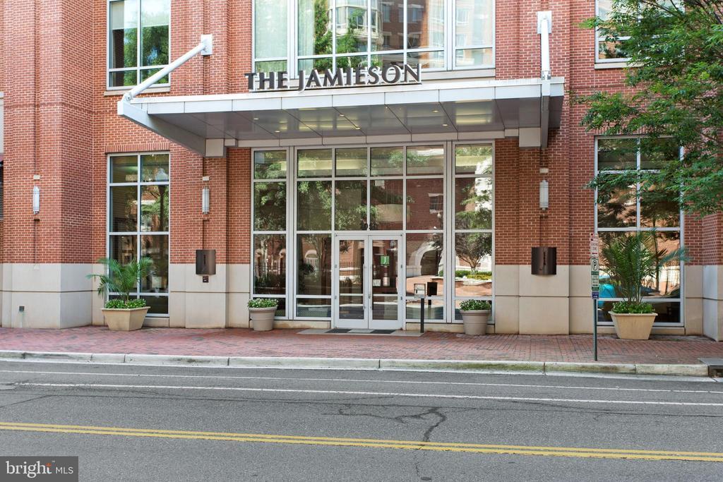 Photo of 2050 Jamieson Ave #1203