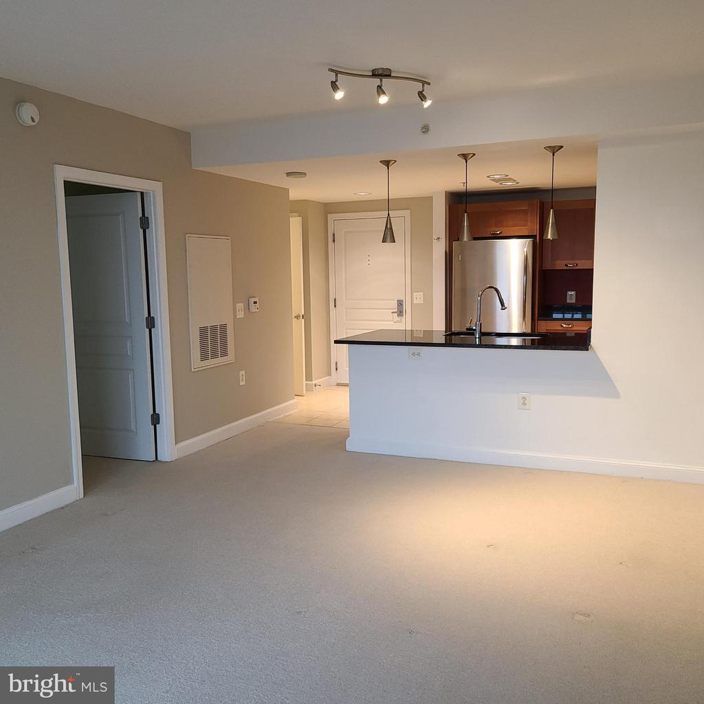 Photo of 2451 Midtown Ave #411