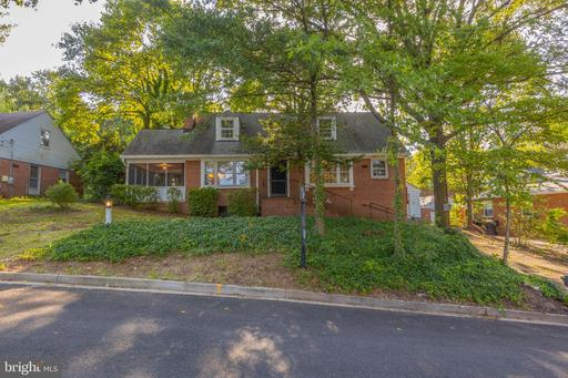 1904 N Johnson St, Arlington, VA 22207