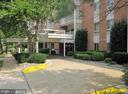 5250 Valley Forge Dr #216