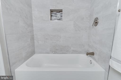 14426 Saguaro Pl Centreville VA 20121
