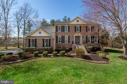 15417 Whitechapel Ct Centreville VA 20120